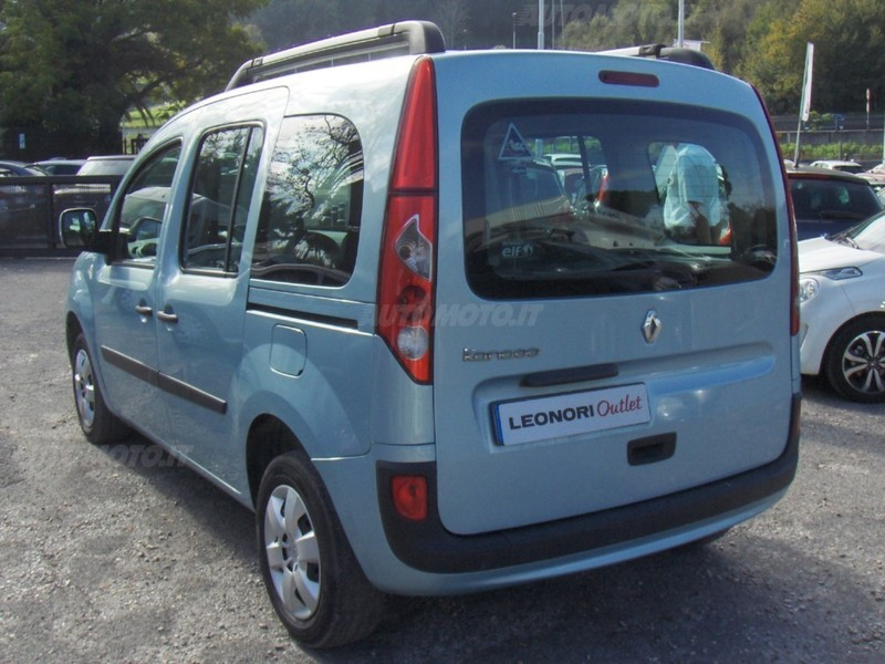 venduto renault kangoo 2008 diesel auto usate in vendita. Black Bedroom Furniture Sets. Home Design Ideas