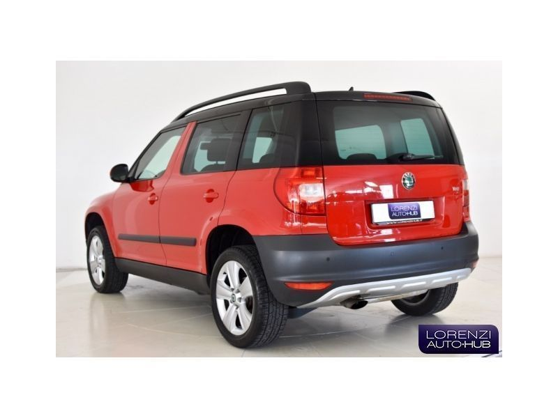 usato yeti 1 2 tsi dsg ambition skoda yeti 2013 km in seriate bg. Black Bedroom Furniture Sets. Home Design Ideas