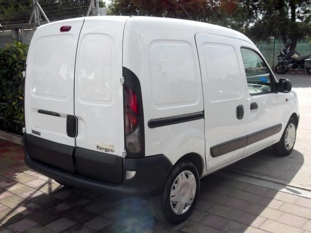 sold renault kangoo 1 9 dti used cars for sale autouncle. Black Bedroom Furniture Sets. Home Design Ideas