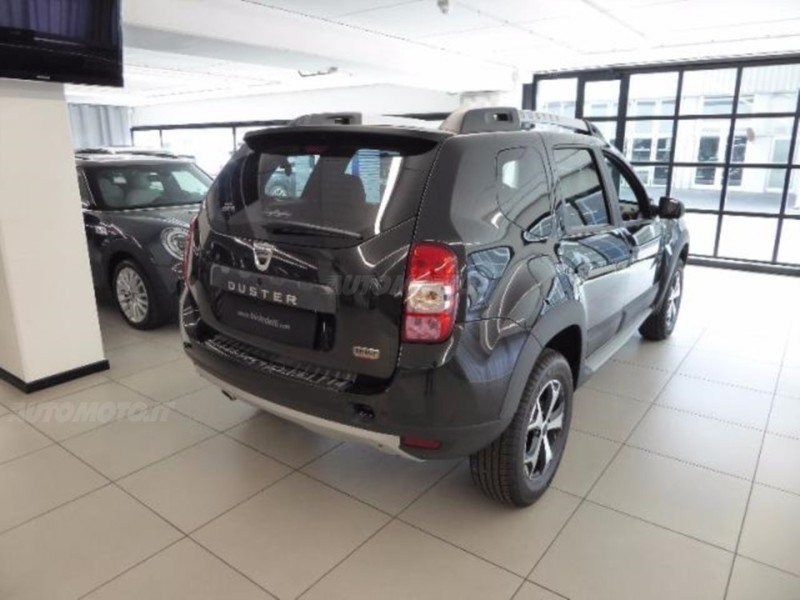 sold dacia duster 1 6 115cv start used cars for sale. Black Bedroom Furniture Sets. Home Design Ideas