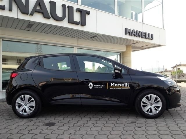 sold renault clio 1 2 life km0 s used cars for sale. Black Bedroom Furniture Sets. Home Design Ideas
