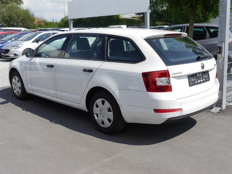 sold skoda octavia combi iii 1 6 t used cars for sale autouncle. Black Bedroom Furniture Sets. Home Design Ideas