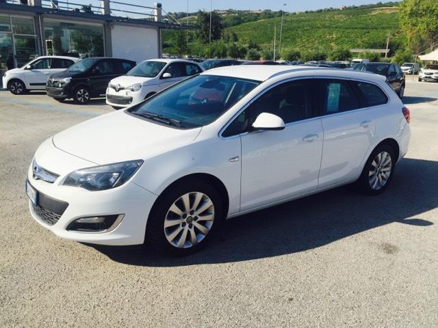 Opel Astra 1.6 CDTI, la prova dei consumi