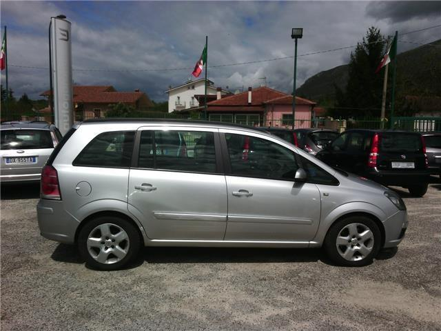 sold opel zafira 1 9 cdti 120cv co used cars for sale autouncle. Black Bedroom Furniture Sets. Home Design Ideas