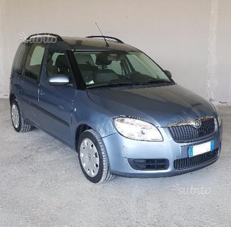 sold skoda roomster 1 4 tdi 80 cv used cars for sale autouncle. Black Bedroom Furniture Sets. Home Design Ideas