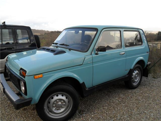 sold lada niva turbo diesel 4x4 c used cars for sale autouncle. Black Bedroom Furniture Sets. Home Design Ideas