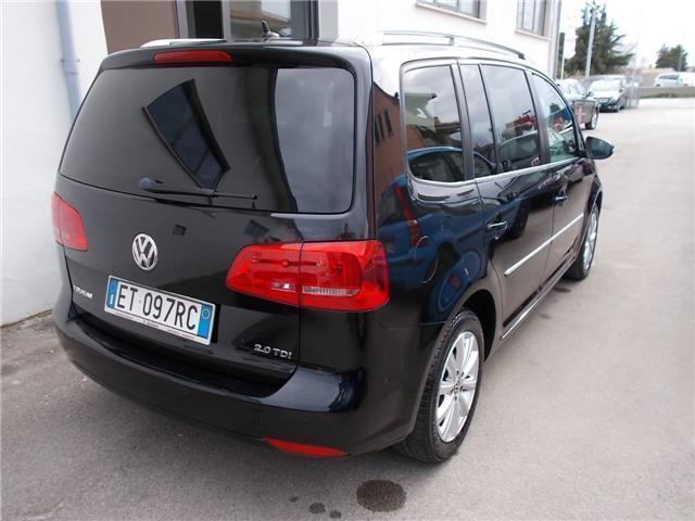 usato 2 0 tdi 140 cv dsg highline vw touran 2014 km in vedelago. Black Bedroom Furniture Sets. Home Design Ideas