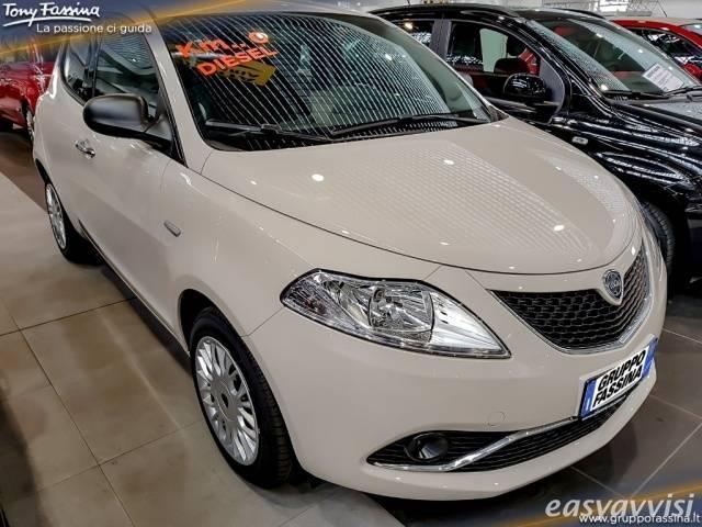 venduto lancia ypsilon 1.3 mjt 16v 95. - auto usate in vendita