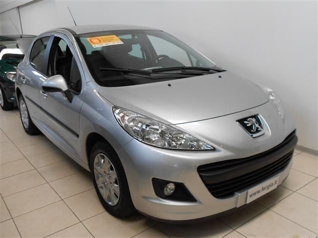 usato 1 4 hdi 70cv fap 5p x line peugeot 207 2011 km in vicenza vi. Black Bedroom Furniture Sets. Home Design Ideas
