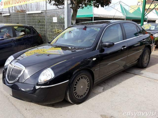 lancia thesis stola for sale I don't understand why my history teacher is making us make an essay outline and not even writing an actual essay research paper table of contents quizlet research.