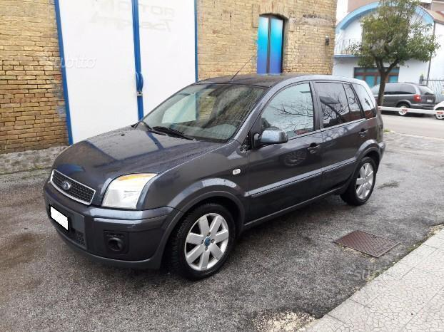 sold ford fusion 1 6 tdci 5p coll used cars for sale autouncle. Black Bedroom Furniture Sets. Home Design Ideas