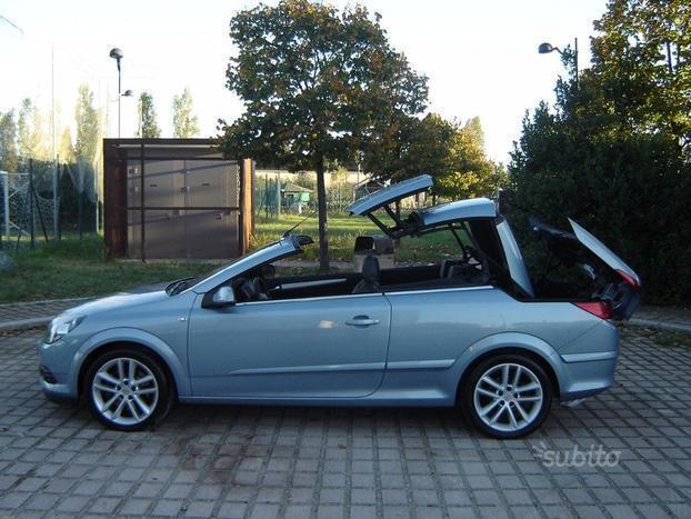 usata Opel Astra Cabriolet TwinTop 1.9 16V CDTI 150CV Cosmo rif. 7047575