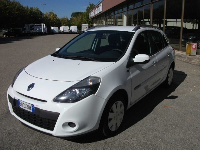 sold renault clio iii 1 5 dci 75cv used cars for sale autouncle. Black Bedroom Furniture Sets. Home Design Ideas