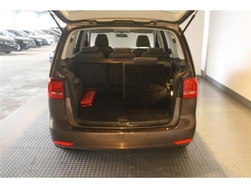 sold vw touran 1 6 tdi dpf bluem used cars for sale. Black Bedroom Furniture Sets. Home Design Ideas