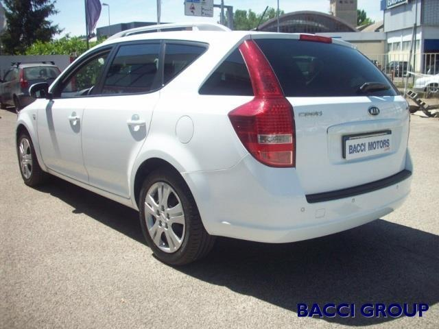 sold kia cee 39 d gt sport wagon 1 6 used cars for sale. Black Bedroom Furniture Sets. Home Design Ideas