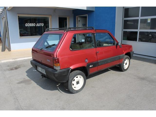 Usato 1000 4x4 sisley fiat panda 4x4 1987 km in for Fiat panda 4x4 sisley usata