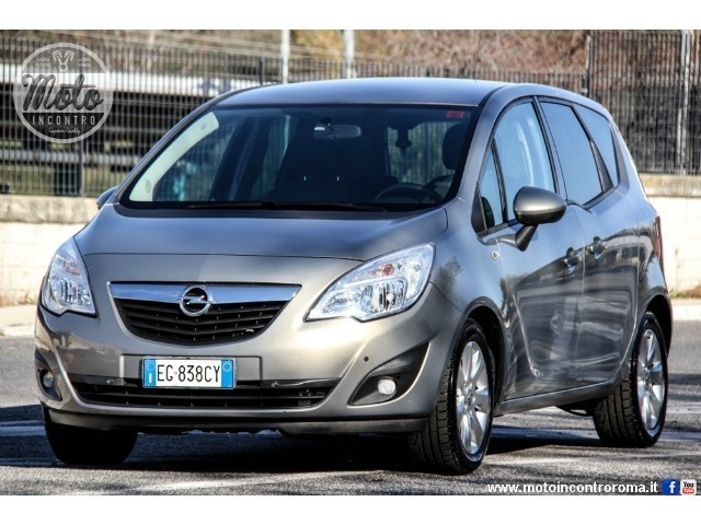 usato 1 7 cdti aut cosmo opel meriva 2011 km. Black Bedroom Furniture Sets. Home Design Ideas