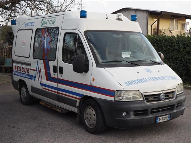 sold fiat ducato 2 8 jtd ambulan used cars for sale. Black Bedroom Furniture Sets. Home Design Ideas