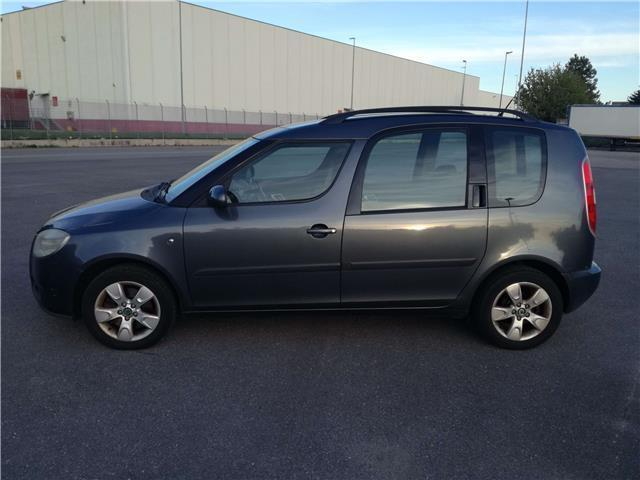 sold skoda roomster 1 6 16v comfort used cars for sale. Black Bedroom Furniture Sets. Home Design Ideas
