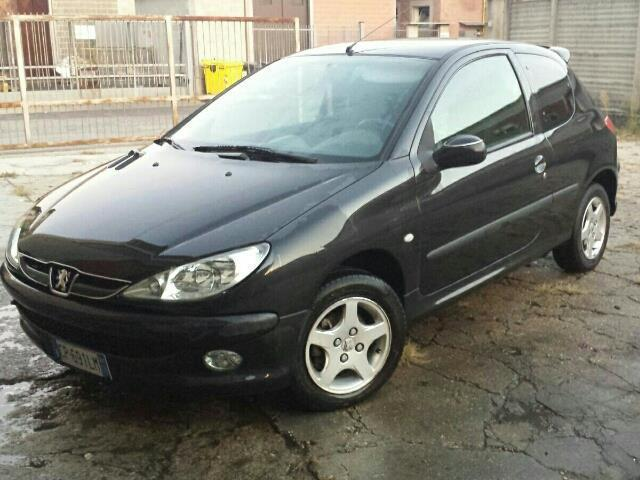 sold peugeot 206 1 4 hdi 3p xt used cars for sale autouncle. Black Bedroom Furniture Sets. Home Design Ideas