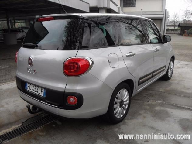 sold fiat 500l living 1 6 multijet used cars for sale autouncle. Black Bedroom Furniture Sets. Home Design Ideas