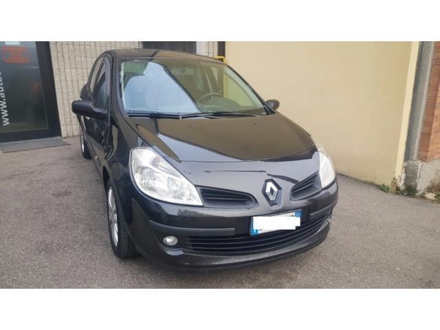 usata Renault Clio III 1.5 dCi 85CV 5 porte Le Iene