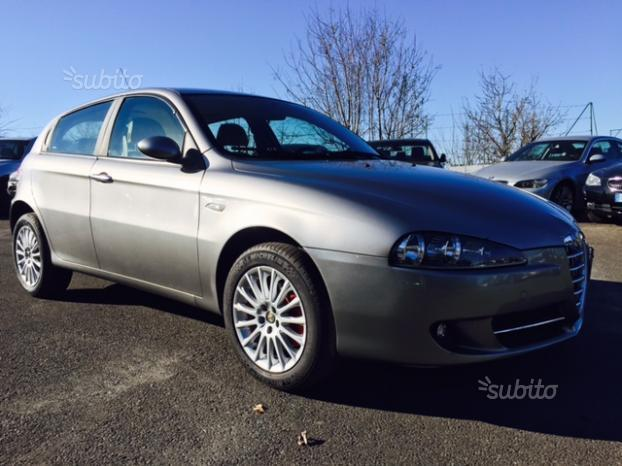 sold alfa romeo 147 1 9 jtdm 120 d used cars for sale autouncle. Black Bedroom Furniture Sets. Home Design Ideas
