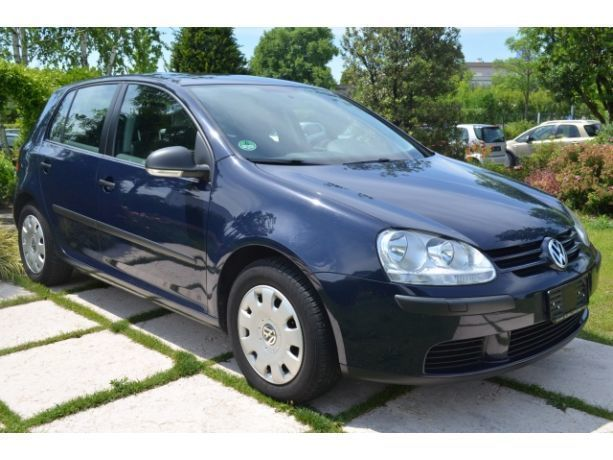 sold vw golf v 1 9 tdi 5p clima fe used cars for sale autouncle. Black Bedroom Furniture Sets. Home Design Ideas