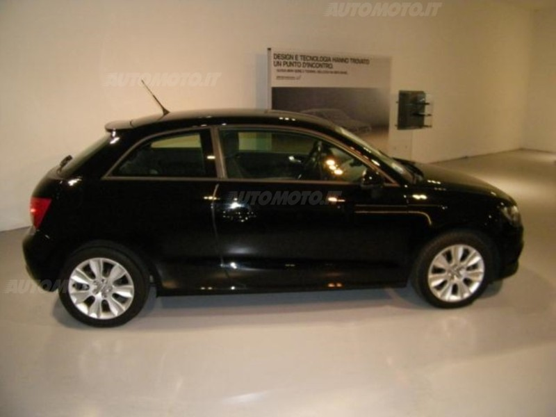 sold audi a1 1 6 tdi 105 cv ambiti used cars for sale autouncle. Black Bedroom Furniture Sets. Home Design Ideas