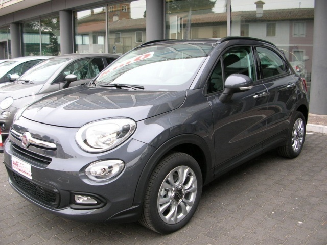 sold fiat 500x nuova del 2017 a co used cars for sale autouncle. Black Bedroom Furniture Sets. Home Design Ideas