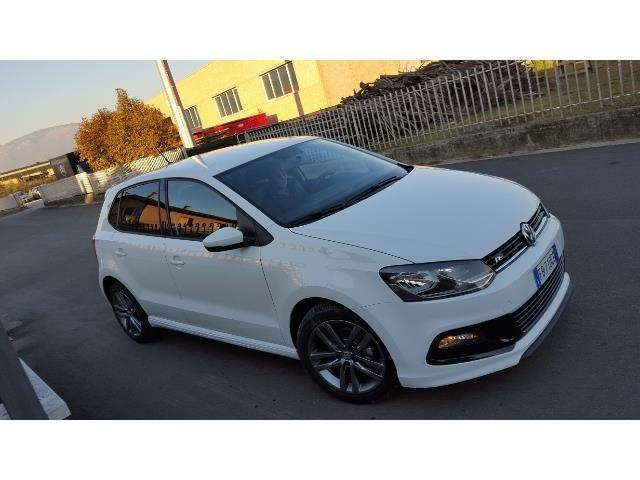Sold vw polo 1 0 mpi 75 cv 5p r l used cars for sale for R line pack esterno polo