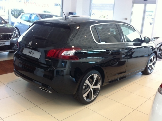 sold peugeot 308 gt line 1 6hdi 12 used cars for sale autouncle. Black Bedroom Furniture Sets. Home Design Ideas