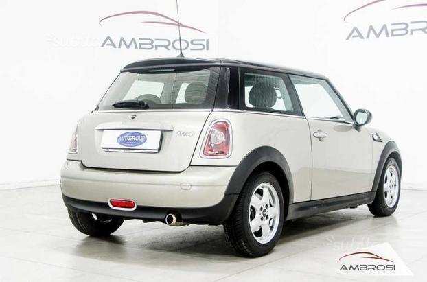 sold mini cooper 1 6 16v 120 cv used cars for sale autouncle. Black Bedroom Furniture Sets. Home Design Ideas
