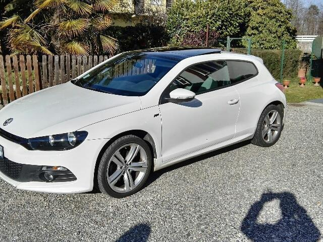 sold vw scirocco 2 0 tdi 170 cv dpf used cars for sale autouncle. Black Bedroom Furniture Sets. Home Design Ideas