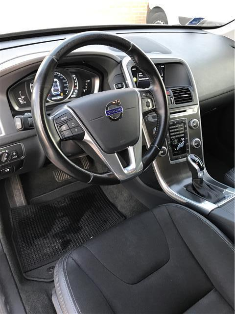 sold volvo xc60 d4 awd geartronic used cars for sale. Black Bedroom Furniture Sets. Home Design Ideas