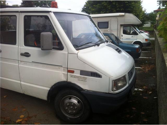 Sold iveco daily doppia cabina rib used cars for sale for Valutazione mobili usati