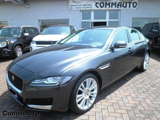 sold jaguar xf 2 0 d 180 cv awd au used cars for sale. Black Bedroom Furniture Sets. Home Design Ideas