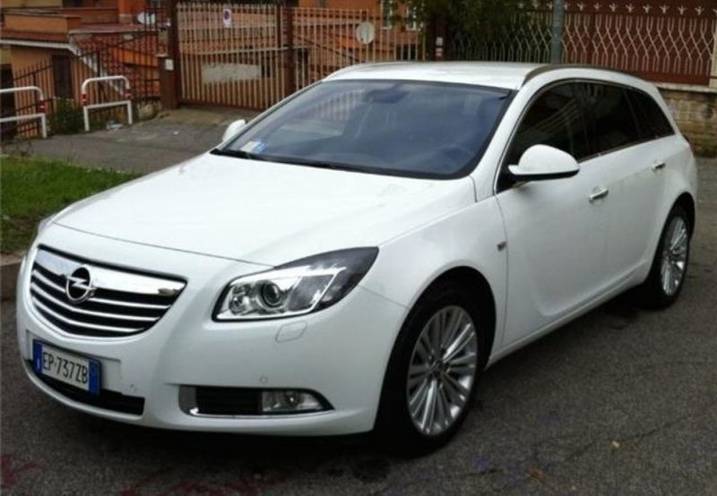 sold opel insignia sw used cars for sale autouncle. Black Bedroom Furniture Sets. Home Design Ideas