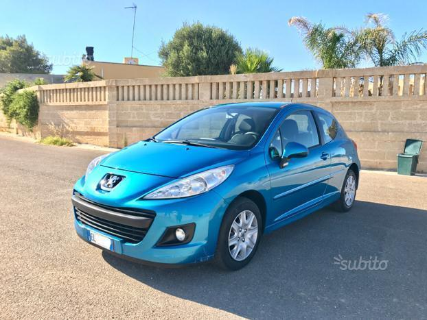 sold peugeot 207 1 4 hdi 70 cavall used cars for sale autouncle. Black Bedroom Furniture Sets. Home Design Ideas
