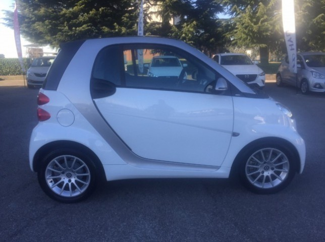 sold smart fortwo coup fortwo 2 1 used cars for sale autouncle. Black Bedroom Furniture Sets. Home Design Ideas
