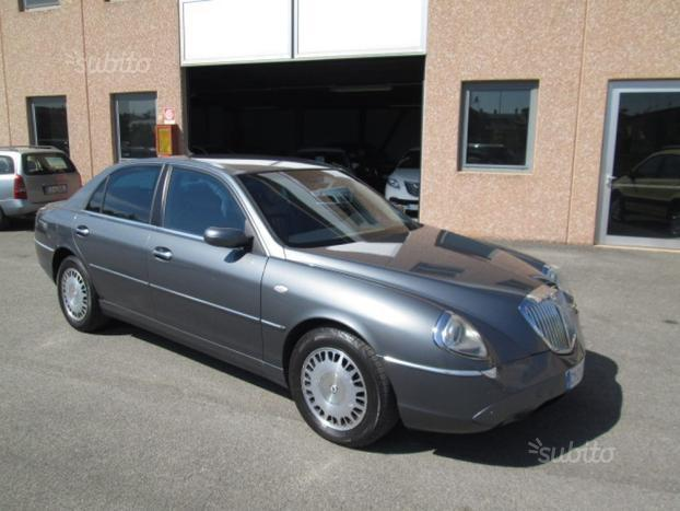 lancia thesis 2.4 jtd 20v test 2003 lancia thesis 24 jtd 20v emblema (man 6) (model since mid-year 2003  for europe ) specifications & performance data review specs datasheet with.
