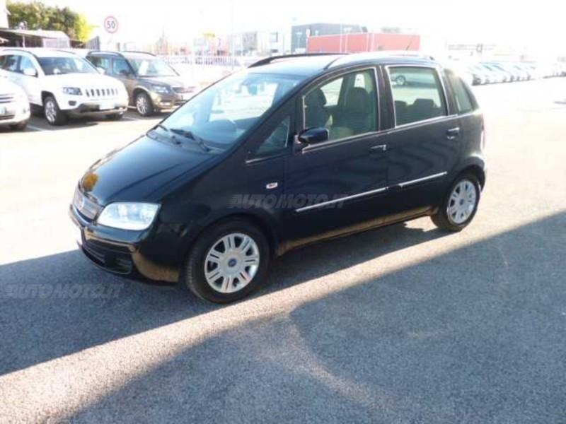Sold fiat idea 1 4 16v dynamic del used cars for sale for Fiat idea 2006 full 1 8