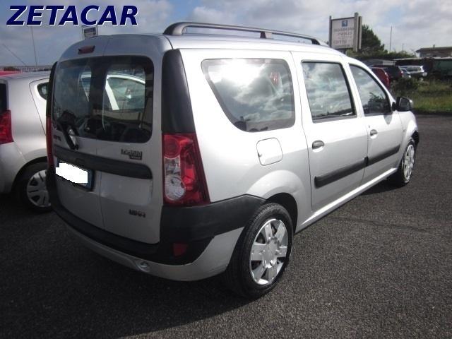 Venduto dacia logan mcv 1 6 5 posti l auto usate in vendita for Dacia duster 7 posti