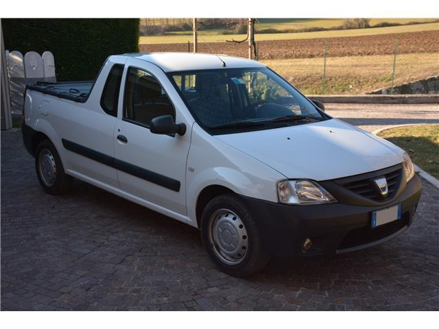 sold dacia logan pick up 1 6 gpl used cars for sale autouncle. Black Bedroom Furniture Sets. Home Design Ideas