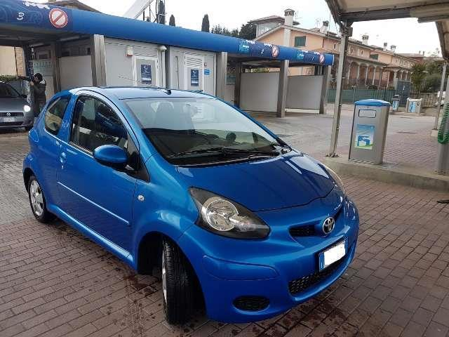 sold toyota aygo 3 porte automatica used cars for sale autouncle. Black Bedroom Furniture Sets. Home Design Ideas