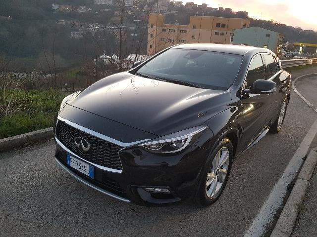 sold infiniti q30 1 5 diesel dct b used cars for sale autouncle. Black Bedroom Furniture Sets. Home Design Ideas