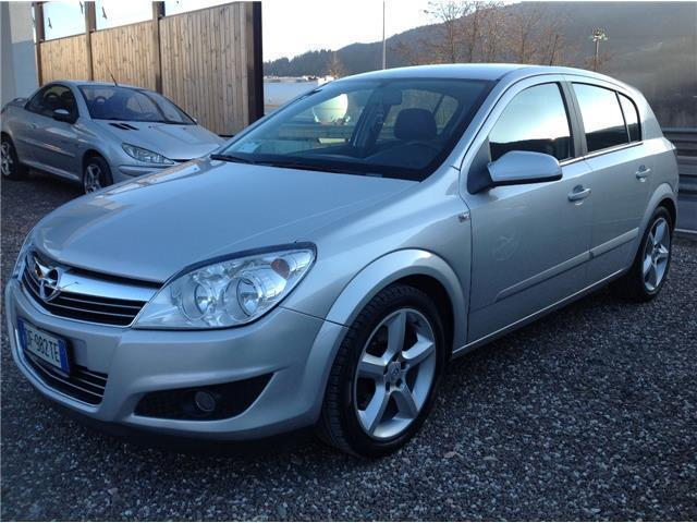 sold opel astra 1 9 cdti 120cv 5 p used cars for sale autouncle. Black Bedroom Furniture Sets. Home Design Ideas