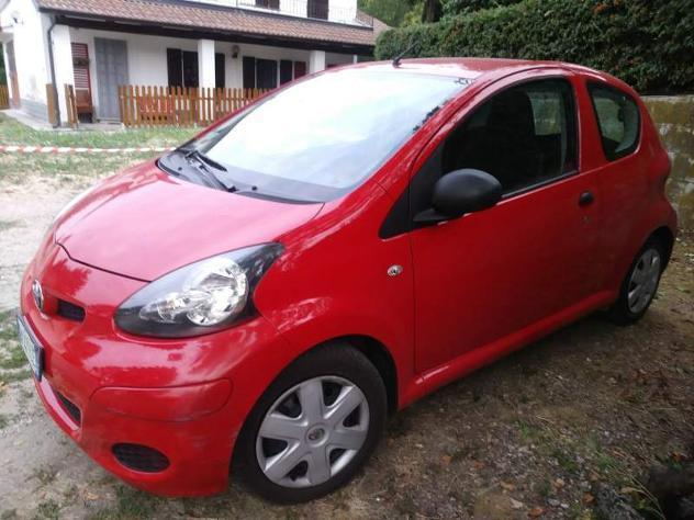 sold toyota aygo now 3 porte 2009 used cars for sale autouncle. Black Bedroom Furniture Sets. Home Design Ideas