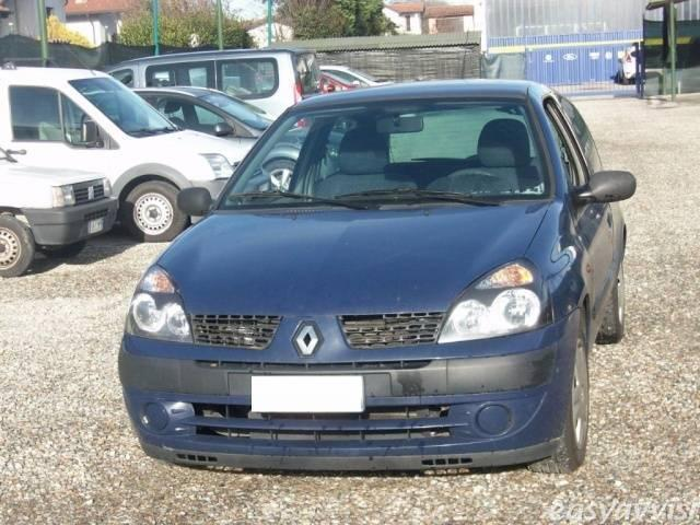 sold renault clio 1 5 dci 65cv cat used cars for sale autouncle. Black Bedroom Furniture Sets. Home Design Ideas