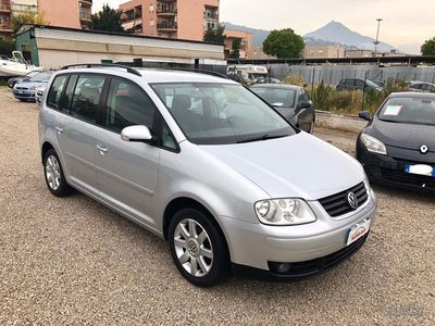 used VW Touran 7 posti 1.9 tdi 101cv 6 marce